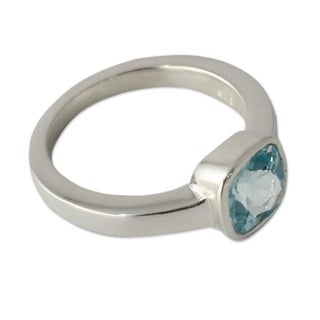 Handcrafted Sterling Silver 'Majestic Azure' Blue Topaz Ring (India)