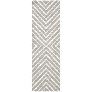 Safavieh Hand-Tufted Cambridge Silver/ Ivory Wool Rug (2'6 x 20')