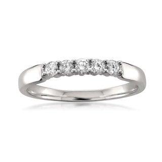 18k White Gold 1/4ct TDW Round-Cut Diamond Wedding Band (F-G, VS1-VS2)