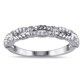 Miadora 10k White Gold 1/8ct TDW Diamond Twisted Infinity Ring (G-H, I2-I3)