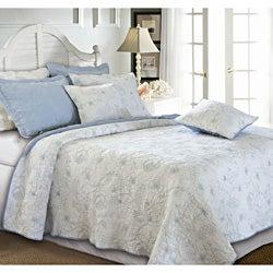 Hibiscus Winter Sky 3-piece Quilt Set