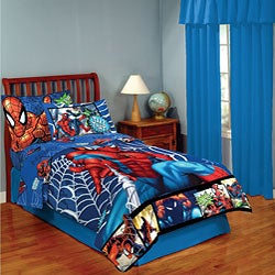 Spider-Man 4-piece Twin-size Bed in a Bag with Sheet Set