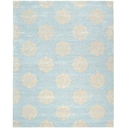 Handmade Soho Medallion Light Blue New Zealand Wool Rug (5&#39; x 8&#39;)