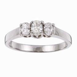 14k White Gold 1/3ct TDW Oval Diamond 3-stone Ring (Size 7)