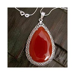 Handcrafted Sterling Silver 'Bright Hope' Red Agate Necklace (India)
