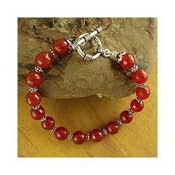 Sterling Silver 'Royal Glow' Carnelian Bead Bracelet (India)