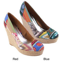 Journee Collection Women&#39;s &#39;Dorine&#39; Patchwork Canvas Wedges