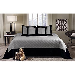 Brentwood 3-piece Gray/ Black Quilted King-size Bedspread Set
