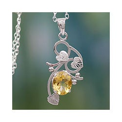 Sterling Silver 'Sun Blossom' Citrine Necklace (India)