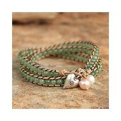 Leather 'Forest Heart' Quartz Pearls Bracelet (6, 7.5 mm) (Thailand)