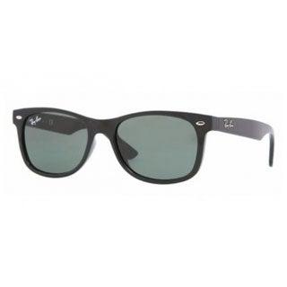 Ray-Ban Junior 'RJ9052S' Plastic Wayfarer Sunglasses