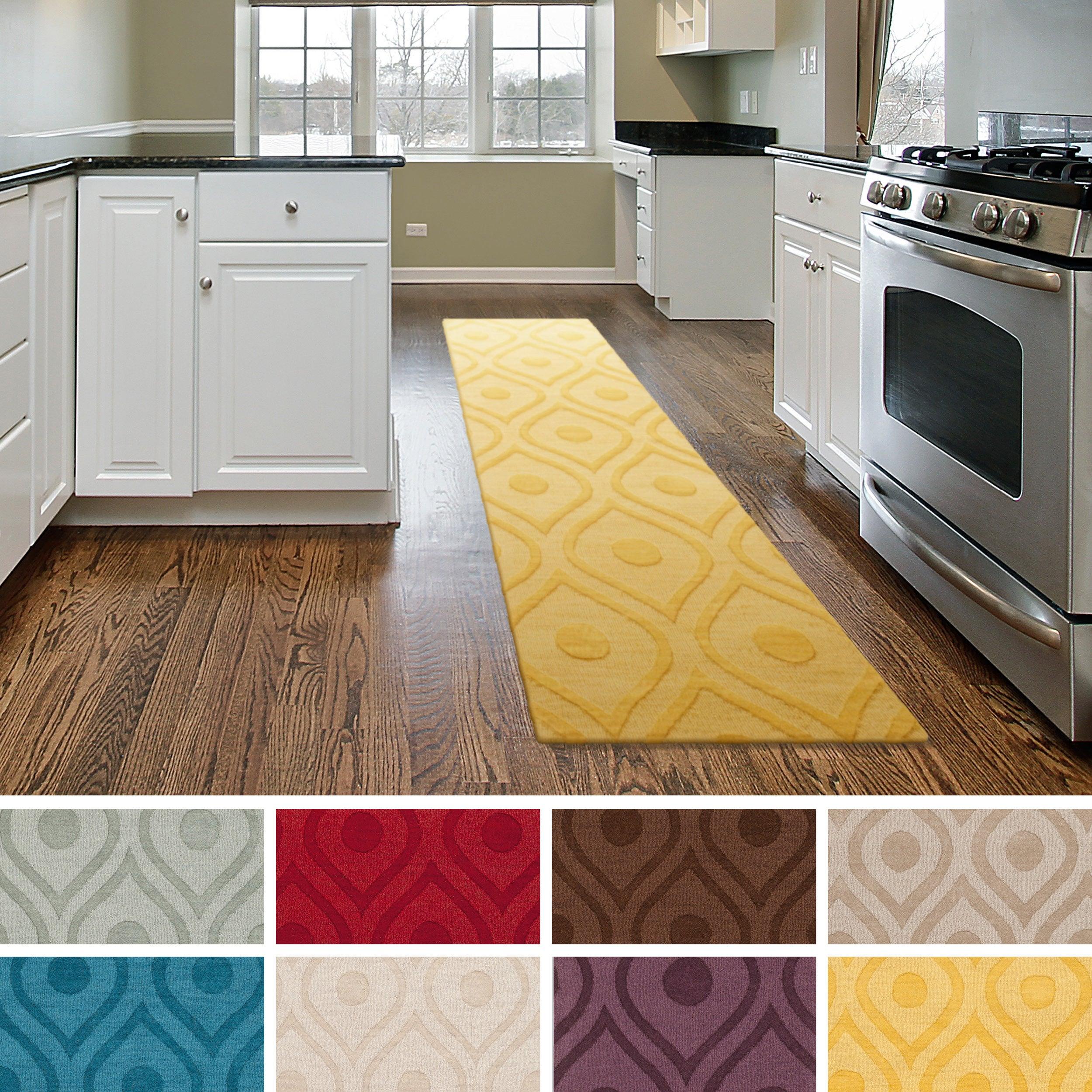 Artistic Weavers Hand-woven Abi Geometric Tone-on-Tone Wool Area Rug (2'3 x 8')