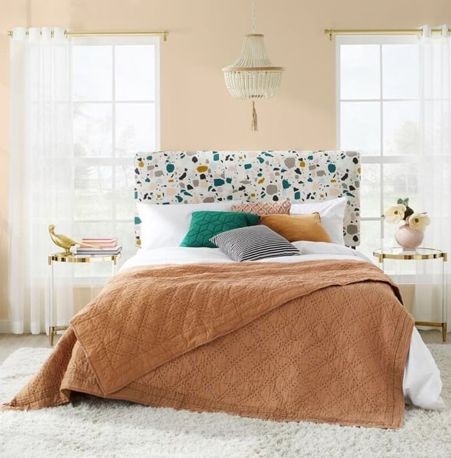 Shop Spring bedding sets for your bedroom with Overstock.com